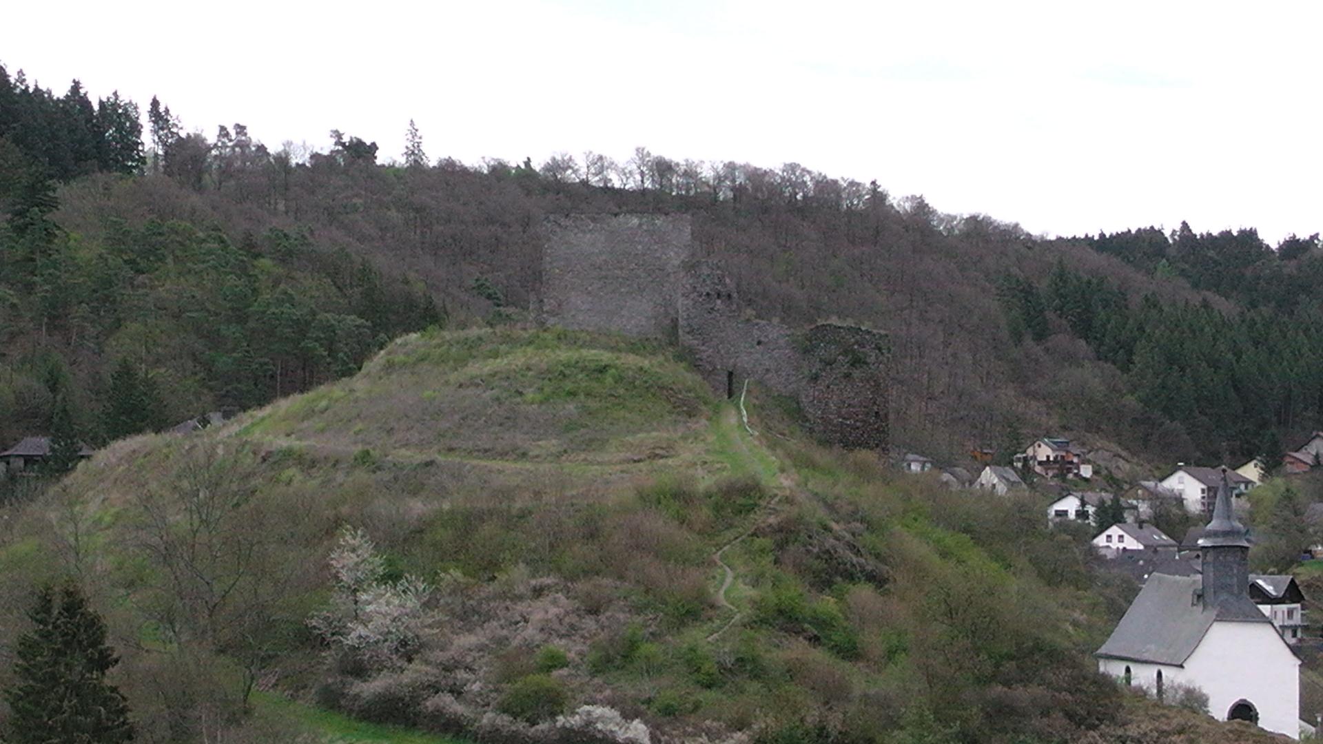 96-blick-auf-die-ruine-virneburg